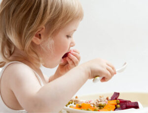 Baby Led Weaning (BLW) Foods To Start By Age