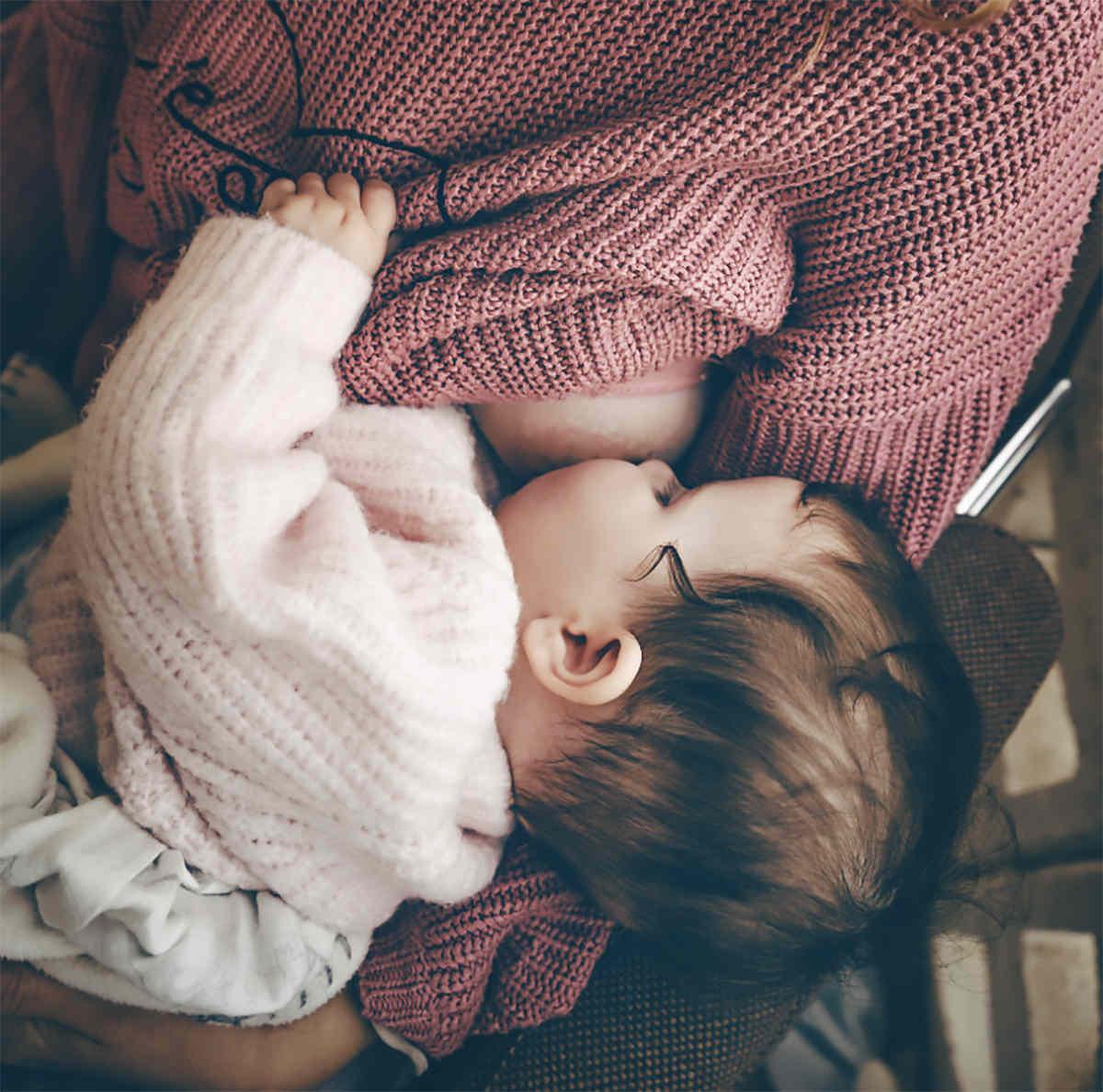 Breastfeeding baby on GAPS Diet.